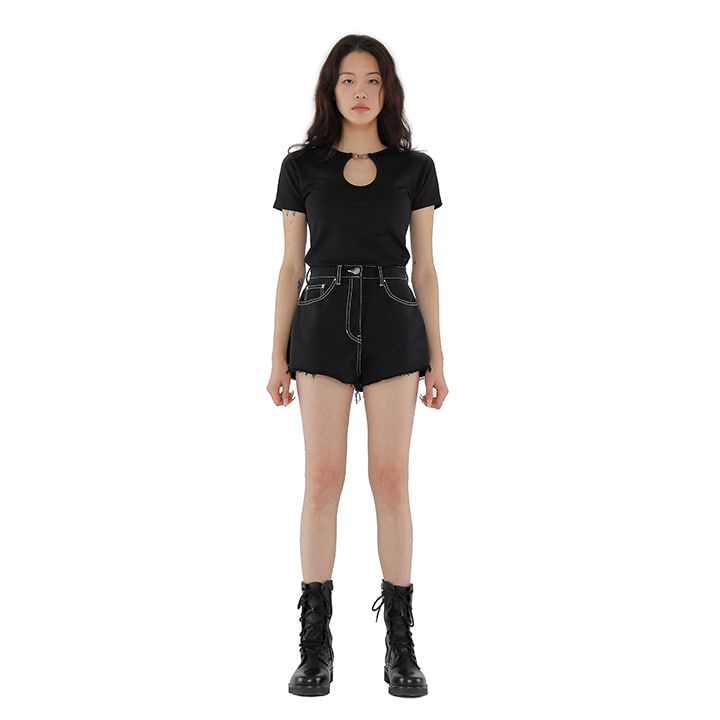 C CUT OFF DENIM SHORTS_BLACK